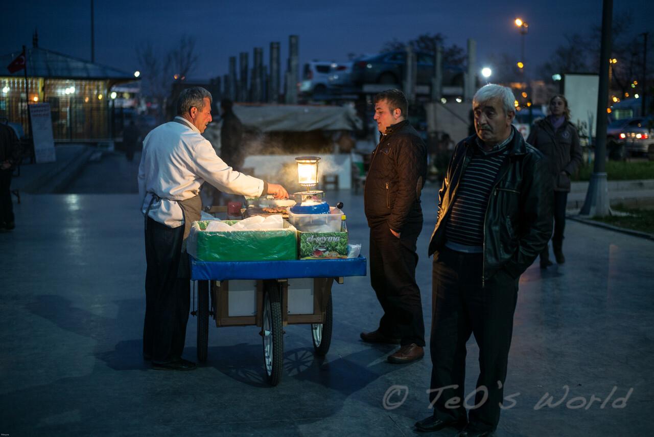 Streetfood at night