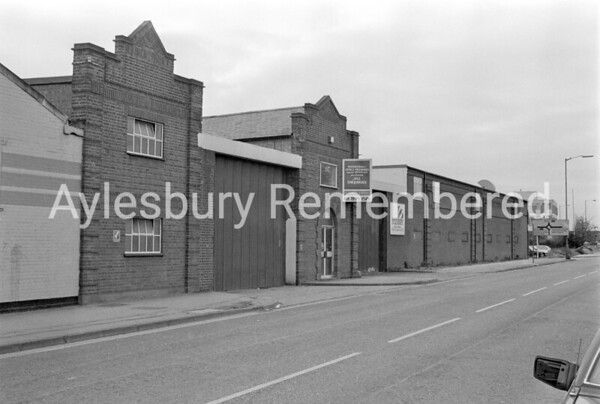 Versatile Fittings, Bicester Road, Nov 1989