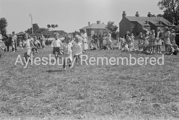 Co-Op Dairy fete in Buckingham Road, July 1952