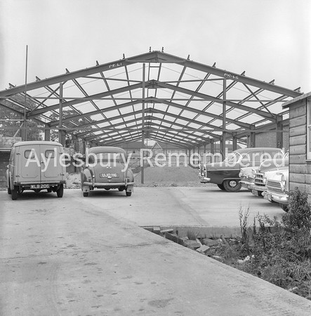 Cogger & Hawkins construction, Buckingham Road, Sep 1966
