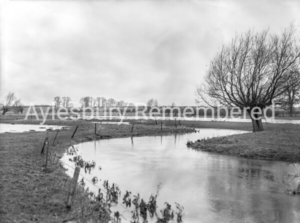 Floods at Buckingham Road, Feb 9th 1957