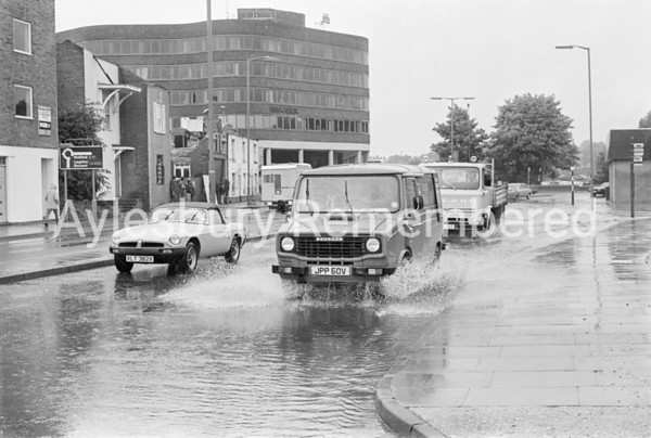 Flooding in Exchange Street, Aug 20 1982
