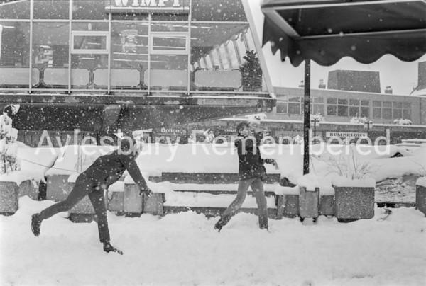 Friars Square, Dec 1981
