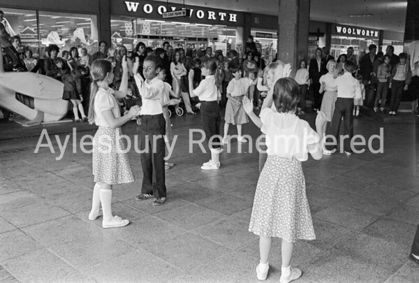 Country Dancing in Friars Square, June 1982