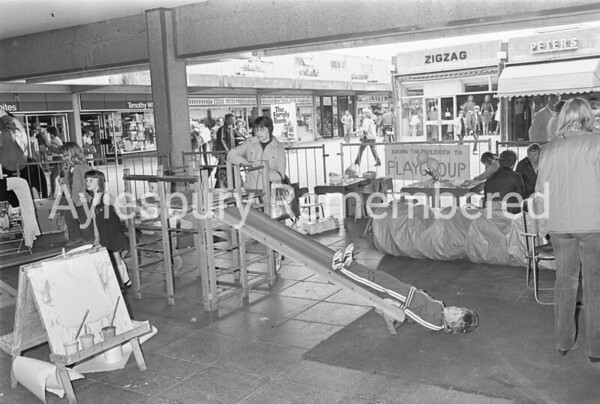 Playgroup in Friars Square, May 1982
