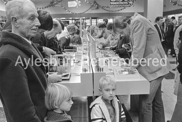 Argos opens in Friars Square, Nov 1983
