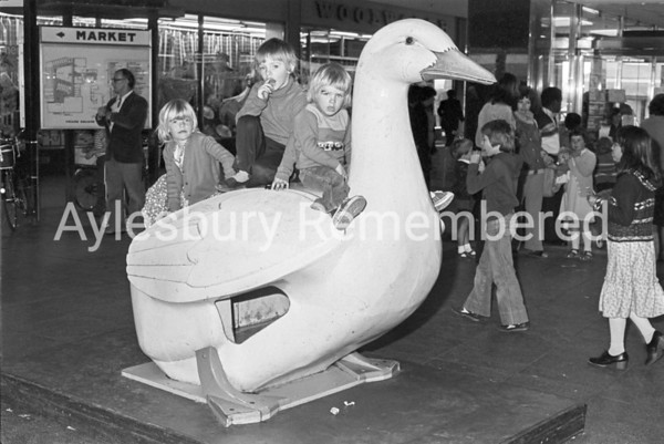Friars Square duck, June 1980