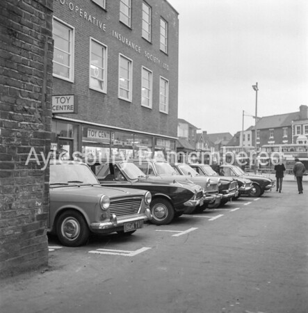 Taxi rank in George Street, Jan 1966