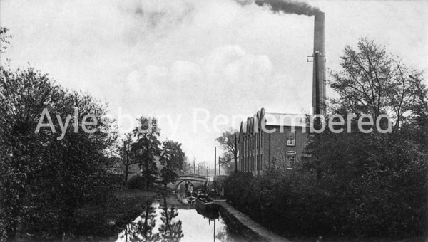 Canal and Nestlé factory, c1900