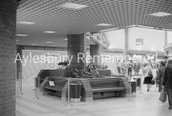 Hale Leys Shopping Centre, Apr 1983