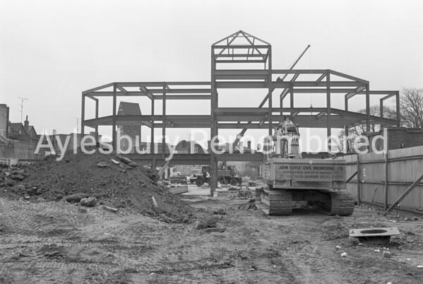 Hale Leys Shopping Centre construction, Apr 1981