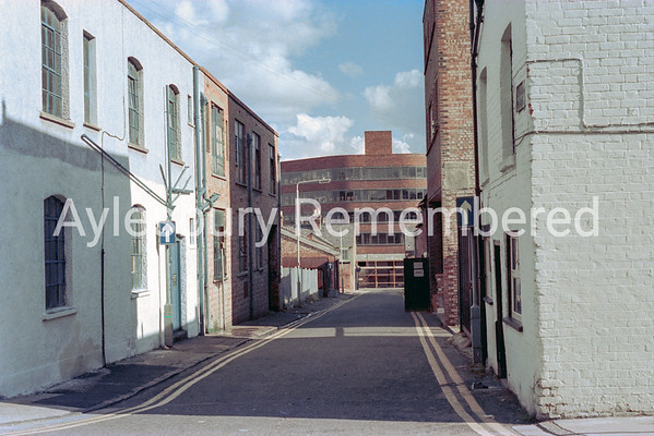 Hale Street, 1974
