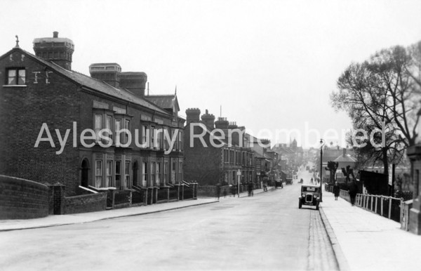 High Street in the 1920s