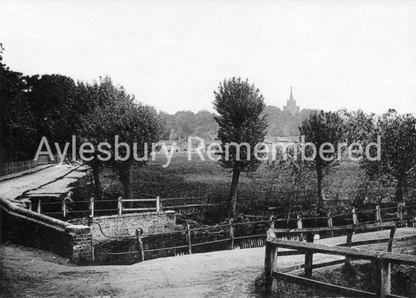 Aylesbury from Oxford Road c1900