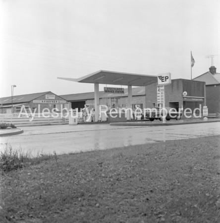 Stocklake Service Station, Oct 11 1968