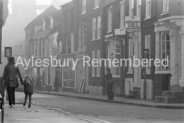 Temple Street, Nov 1973