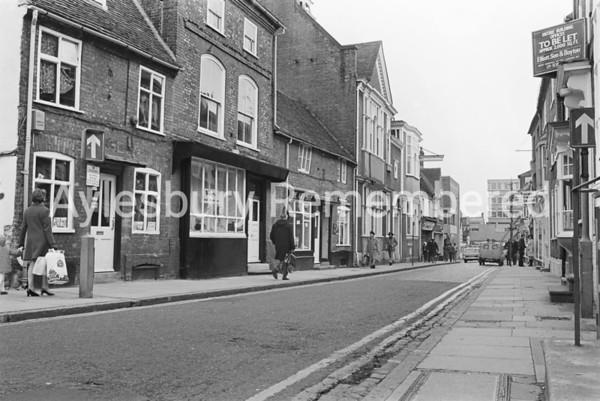 Temple Street, Nov 1972