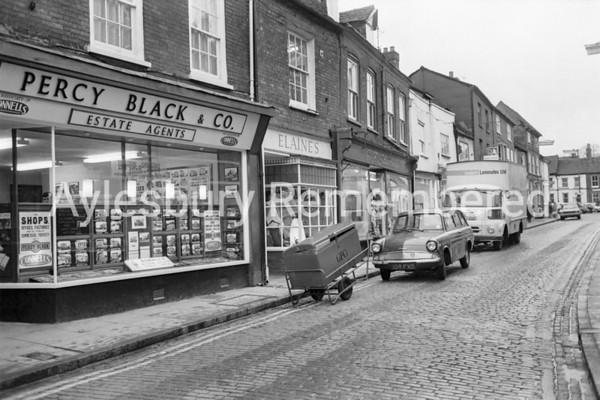 Temple Street, Nov 1970