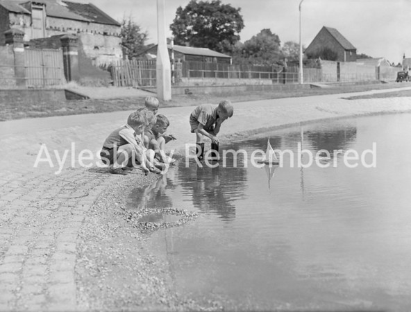 Walton Pond, Aug 1949