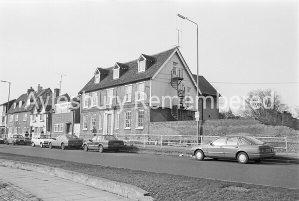 William Harding House, Walton Road, Feb 1987