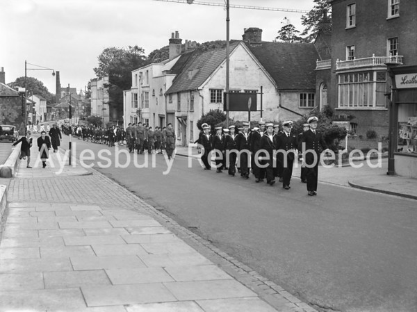 Youth Parade in Walton Street, May 18 1958