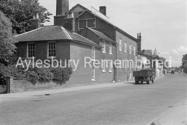 Walton Street, 1964