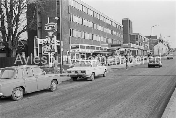 Petrol shortage at Walton Street Garage, Feb 1978