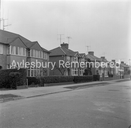 Walton Way, Apr 1964