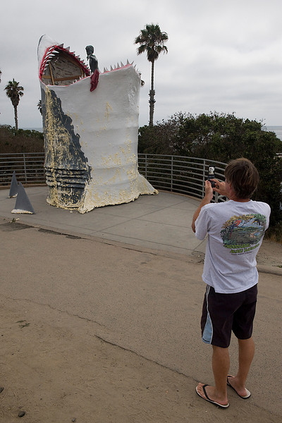 Look at what's happened to the Cardiff Kook.  Check out the screen on the cell phone.