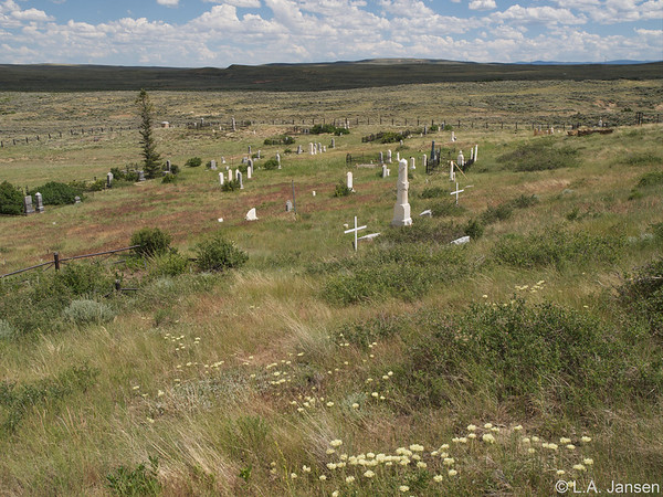 Carbon ghost town cemetery