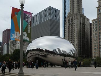 "Cloud Gate (""The Bean"") by Anish Kapoor. Millenium Park, Chicago"