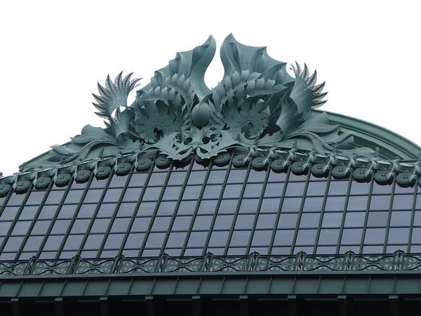 Ornamtneal details on Harold Washington Library Center, by Kent Bloomer
