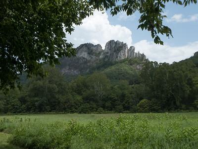 Seneca Rocks. Monongahela NF, WV