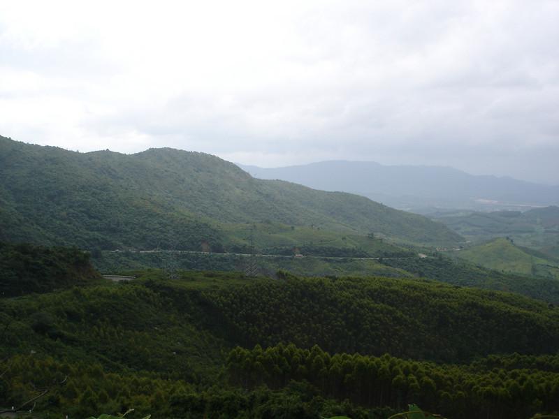 On the way up the Mang Yang Pass.