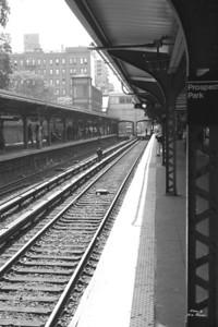 Subway b&w