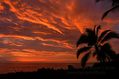 Amazing sunset off the Big Island of Hawaii