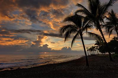 beautiful sunset off the Big Island of Hawaii