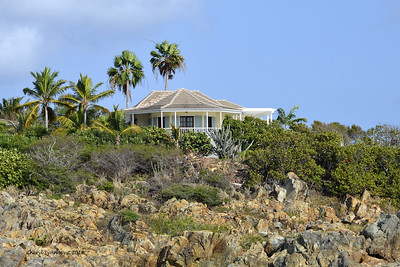 St. Thomas - Homes perched on the rocks (March 22, 2014)