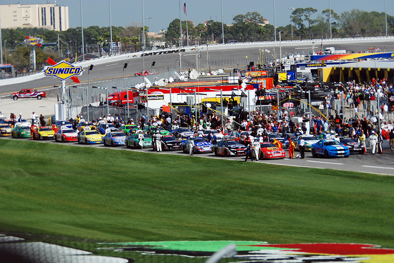 Cars lined up and ready to start the race.