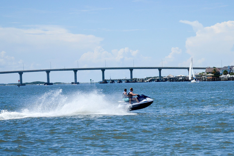 Jet ski on the Matanza Bay