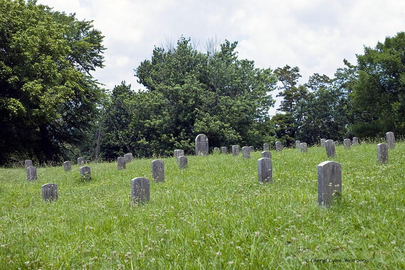 Unmarked graves of Confederate soldiers