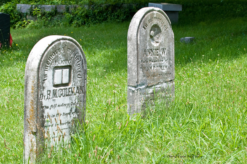 Graves of R. M. Coleman and his wife, Annie W. Coleman