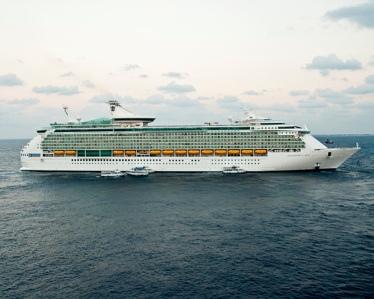 Navigator of the Seas - SUPER cruise liner which was also in port in the Grand Cayman