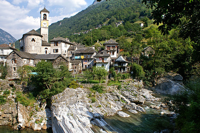 Lavertezzo (also in Valle Verzasca)