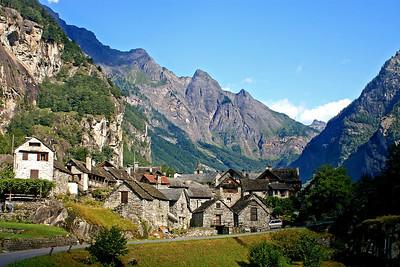 Fontanelata - yet another Ticino village