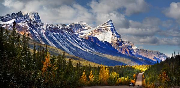 White Pyramid Banff / Jasper