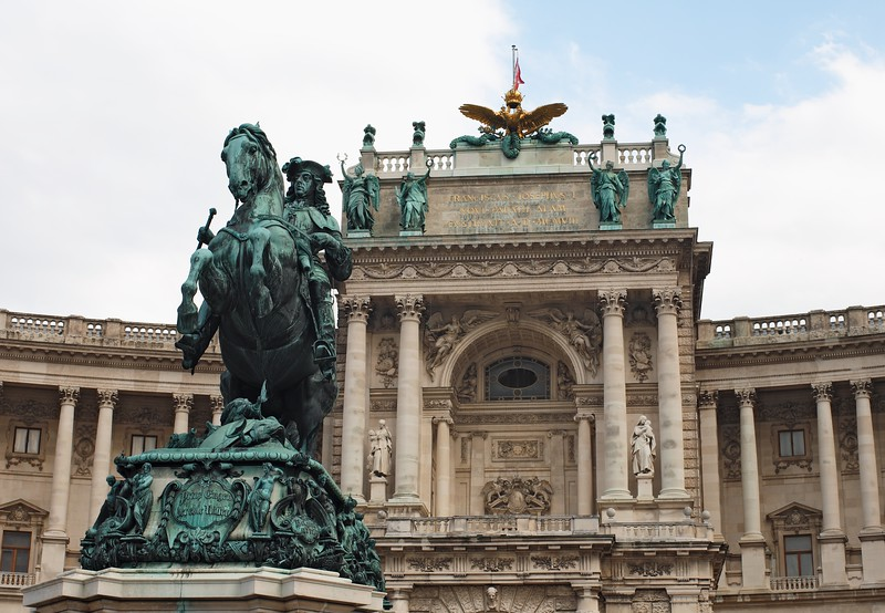 Statue of Prince Eugene of Savoy and Hofburg Palace at Heldenplatz, Vienna,  Austria, Europe.