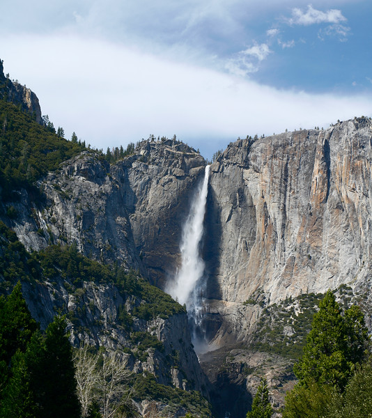 Upper Yosemite Falls, Yosemite National Park, California, USA