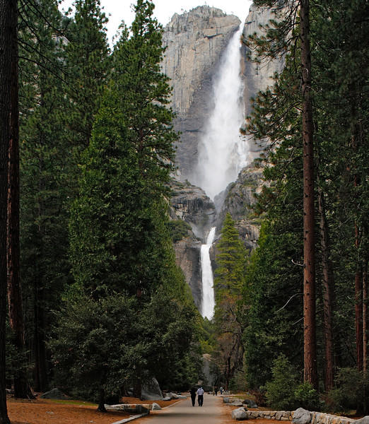Yosemite Falls , Yosemite National Park, California, USA