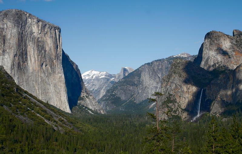 Tunnel View of El Capitan, Half Dome, and Bridalveil Falls, Yosemite National Park, California, USA